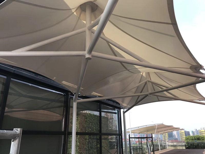 走廊通道膜结构遮阳篷定制安装